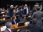 Deputados batem boca no Conselho de Ética em votação do caso Cunha