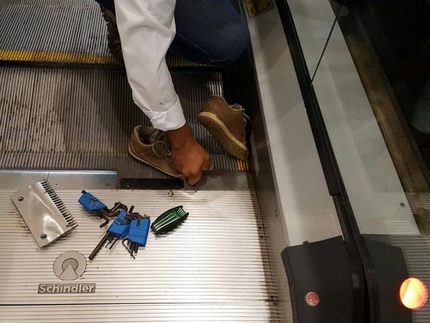 Menino ficou com o pé preso em uma das escadas rolantes  (Foto: Arquivo Pessoal / Rosa de Sharon Viana)