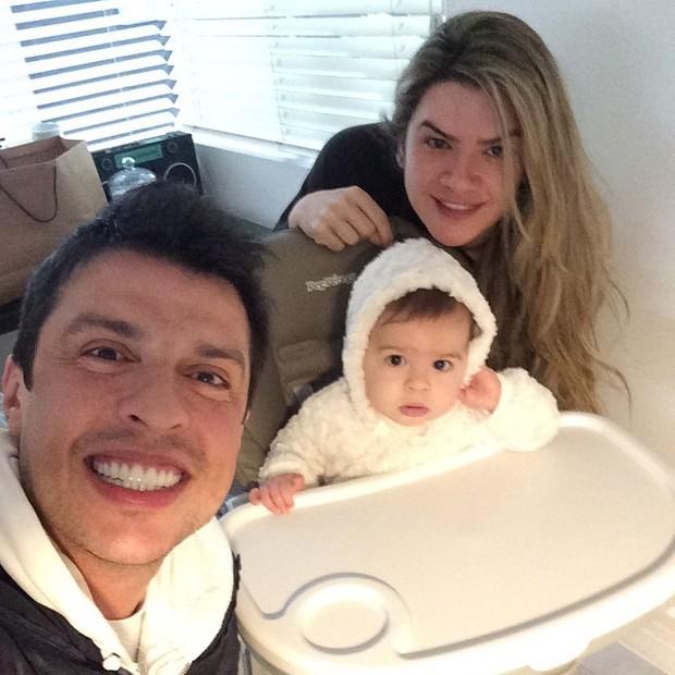 Ceará, Mirella e a filha (Foto: Reprodução/Instagram)