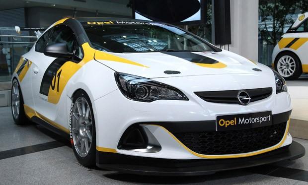 Opel Astra OPC Cup (Foto: DANIEL ROLAND / AFP)