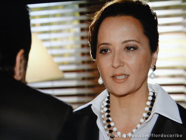 Ela vai fazer de tudo para que Dionísio assuma a parternidade de Candinho (Foto: Flor do Caribe/TV Globo)