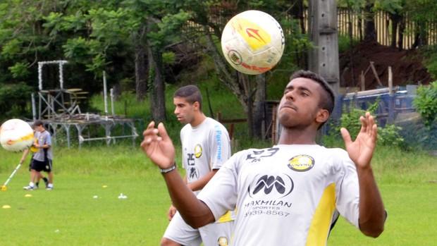 O atacante Vinícius Paquetá, ex-Flamengo e atualmente no Clube Atlético Joseense (Foto: Danilo Sardinha/Globoesporte.com)