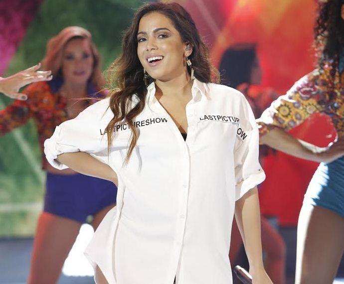 Anitta aconselhou os participantes do 'Dança' a não pensarem em competição (Foto: Fábio Rocha/Gshow)
