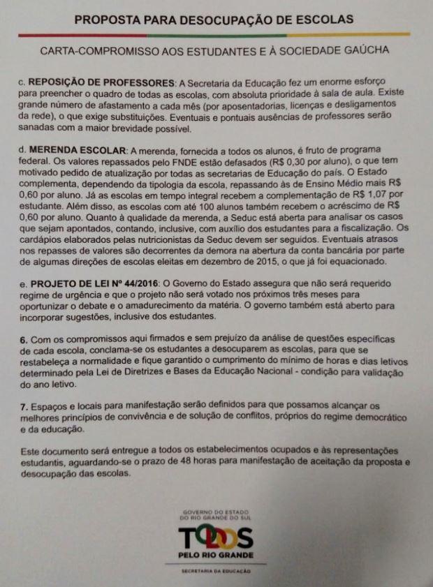 Carta do governo do RS aos estudantes que ocupam escolas (Foto: Léo Saballa Jr/RBS TV)