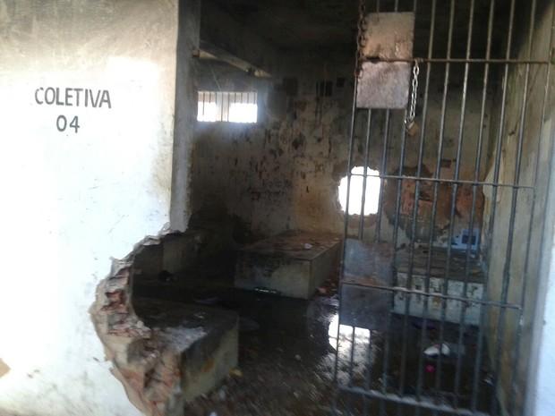 Penitenciária Mista de Parnaíba ficou danificada após rebeliões (Foto: Divulgação/Sinpoljuspi)