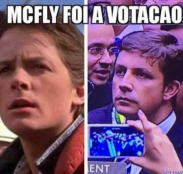 O deputado também foi comparado ao ator Michael J. Fox, do filme 'De Volta para o Futuro' (Foto: Reprodução)