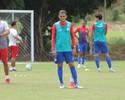 Liberado pelo DM, João Ananias volta aos treinos no Náutico nesta terça
