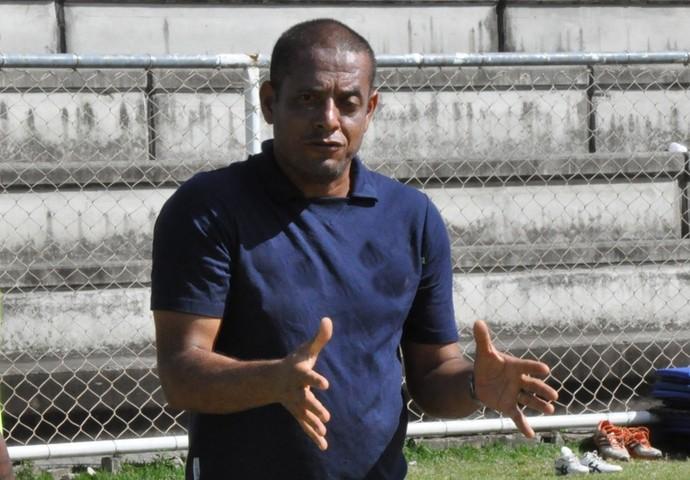 Emanoel Sacramento, novo técnico do Bangu (Foto: Divulgação/ Full Press )