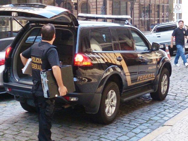 Operação da Polícia Federal cumpriu 40 mandados (Foto: Orion Pires/G1)