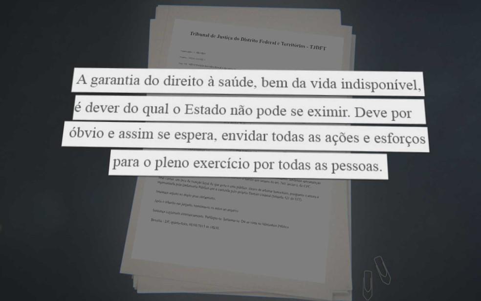 Trecho destacado de sentença que determina que o governo do DF forneça medicamento para tratamento de síndrome rara (Foto: TV Globo/Reprodução)