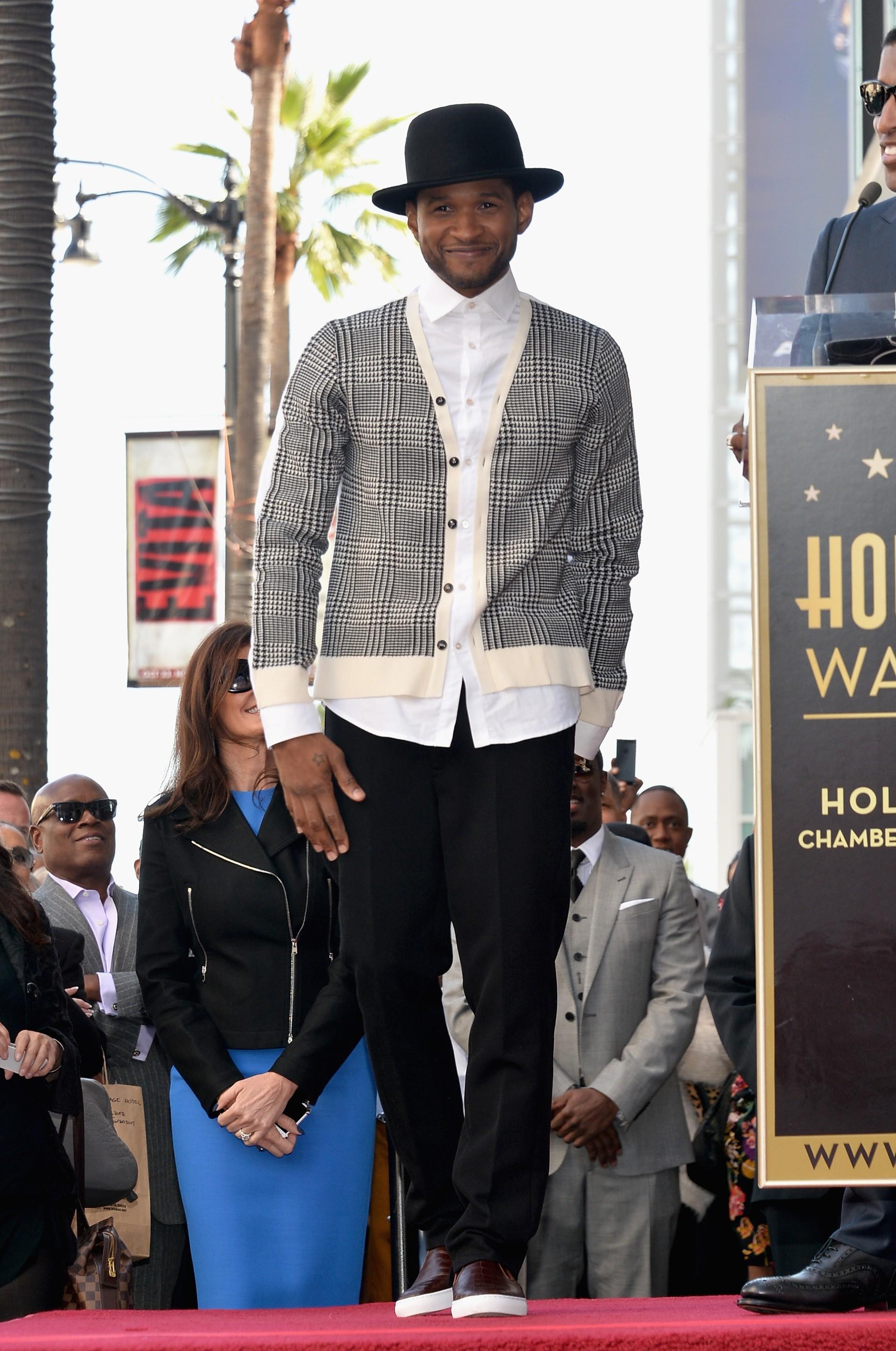 O cantor não pode ficar desapontado pela sua altura, afinal ele é só 5 cm mais baixo do que a média de homens americanos. (Foto: Getty Images)