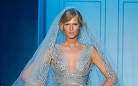 Paris inspira com vestidos de noiva na temporada de alta costura