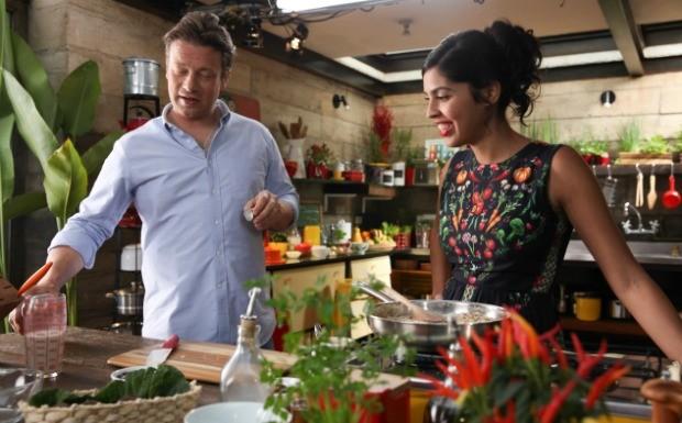 Bela Gil e Jamie Oliver gravam programa especial no Brasil (Foto: Tricia Vieira)