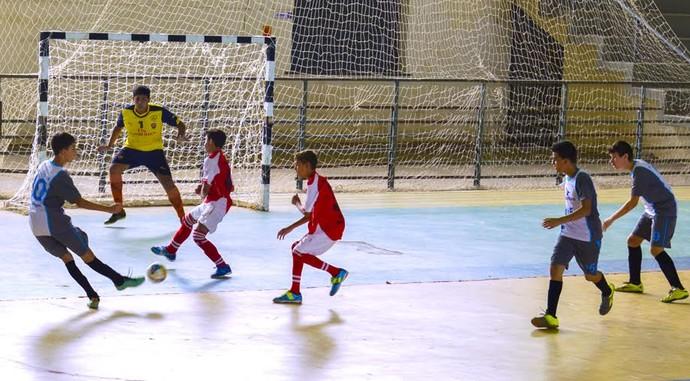 Ginásio Hélio Campos era o point para muitos estudantes! Crédito: Globoesporte.com