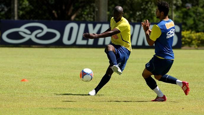 Rodrigo Souza cruzeiro treino (Foto: Flávio Tavares / Agência Estado)