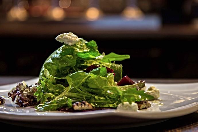 Salada de beterraba é uma receita da minha irmã, a chef Elisa Hill (Foto: Divulgação)