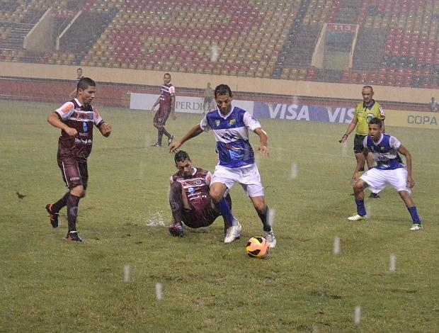 Copa do Brasil 2013: Atlético-AC x Desportiva Ferroviária (Foto: Wescley Camelo/Globoesporte.com)