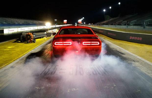 Dodge revela a traseira do novo Challenger SRT Demon (Foto: Divulgação)