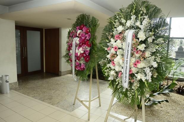 Amigos fazem homenagem a Beth Lago (Foto: Roberto Teixeira/EGO)