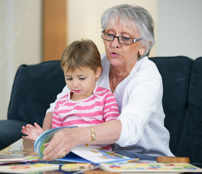 Sob os cuidados dos avós, a diversão é garantida (Foto: Divulgação)