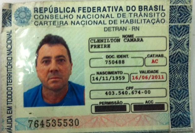 Motorista foi preso por dirigir embriagado na BR-101. (Foto: Fernanda Zauli/G1)