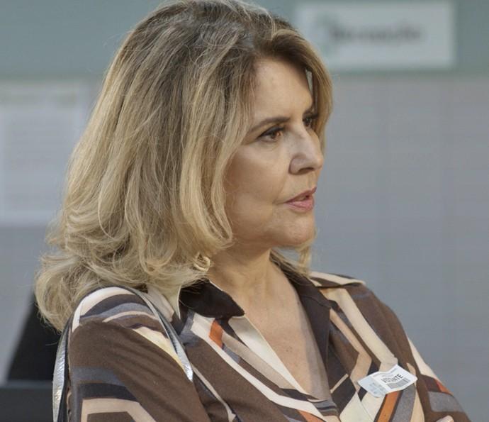 Ana Clara expulsa Mario do hospital (Foto: TV Globo)