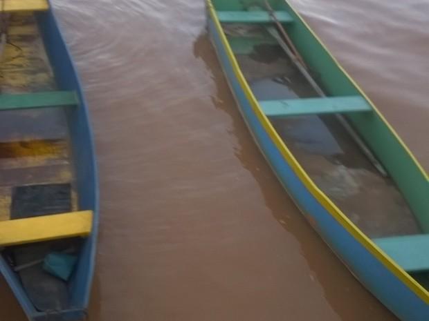 Cor alaranjada volta ao Rio Doce (Foto: Messias Caliman/ A Gazeta)