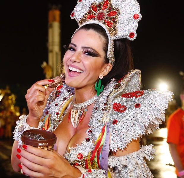 Tânia Oliveira (Foto: Eduardo Saraiva/  Ed. Globo)