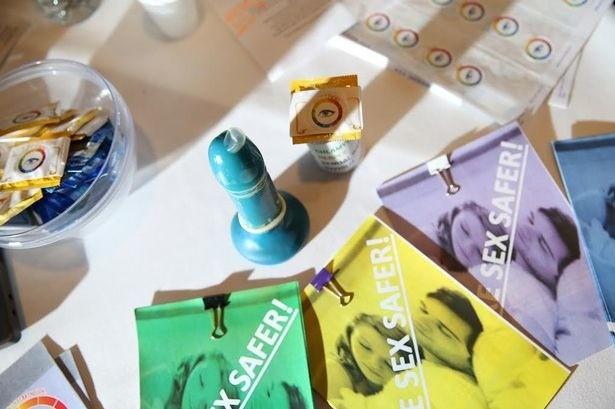 camisinha que muda de cor (Foto: reprodução)