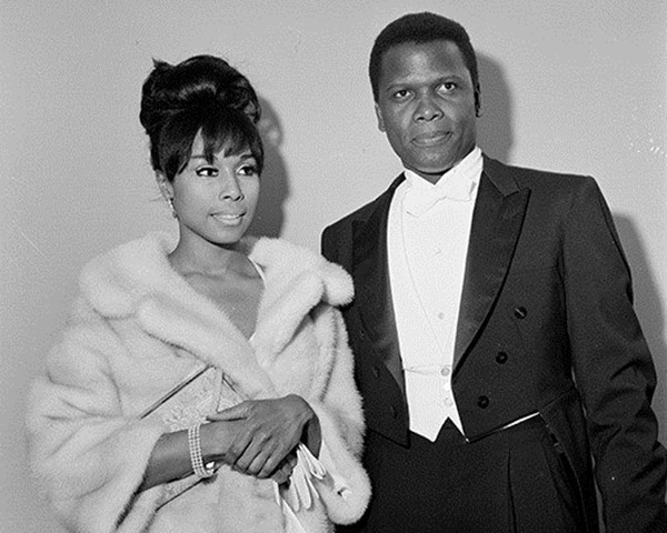 Sidney Poitier e Diahann Carroll (Foto: Getty Images)