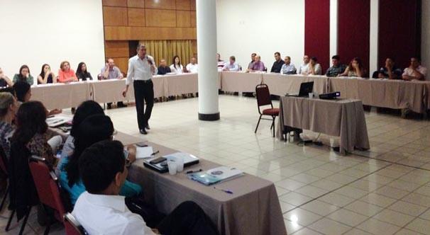 Representantes de todos os setores da TV Clube e TV Alvorada participaram da reunião (Foto: Katylenin França/TV Clube)