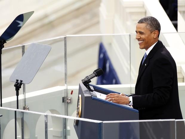 Obama sorri durante discurso de posse (Foto: Kevin Lamarque/Reuters)