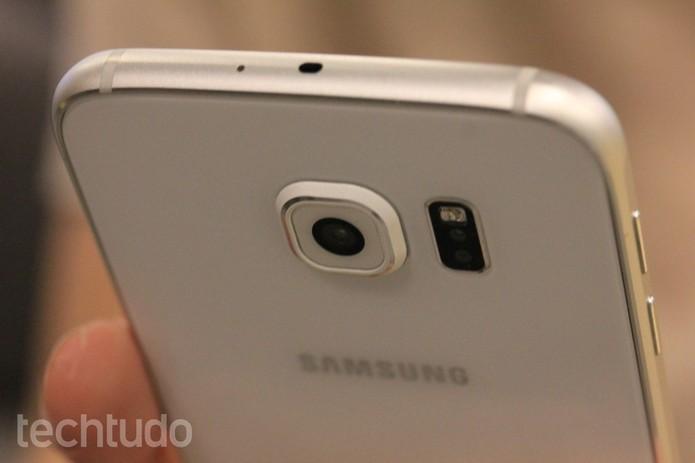 Galaxy S6 vem com maior capacidade de processador e RAM (Foto: Fabricio Vitorino/TechTudo)