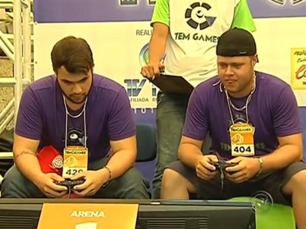 Comeptidores (Foto: Reprodução / TV TEM)