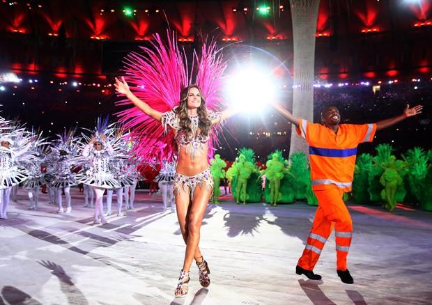 Izabel Goulart virou passista-modelo no encerramento dos Jogos Olímpicos de 2016, no Rio de Janeiro (Foto: Getty Images)