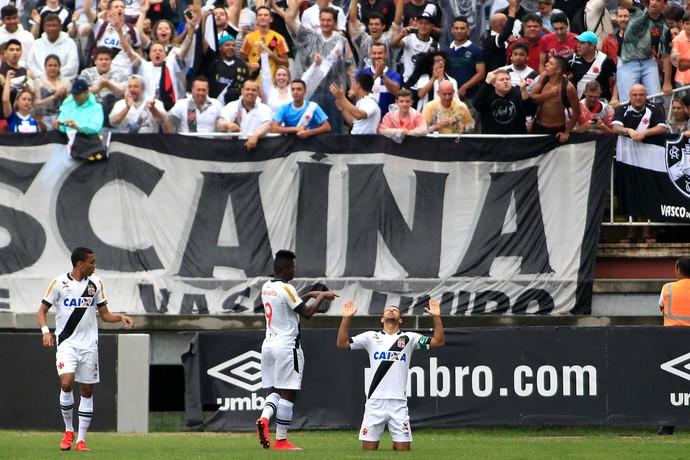Nenê comemoração gol Vasco x Joinville (Foto: Foto: CARLOS JR/FUTURA PRESS/ESTADÃO CONTEÚDO)
