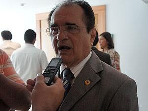 Deputado Ivaldo Morais foi um dos que tomou posse na Paraíba (Foto: Jhonathan Oliveira/G1)