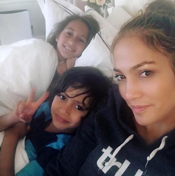 Jennifer Lopez, Maximilian David e Emme Maribel Muñiz (Foto: Instagram)
