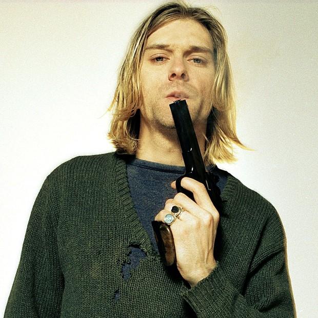 Kurt Cobain em foto polêmica que serviu de encarte para um de seus disco (Foto: Reprodução)