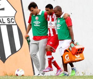 Jefferson Renan Náutico (Foto: Aldo Carneiro / Pernambuco Press)