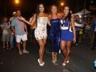 Adriane Galisteu, Gracyanne Barbosa e Shayene Cesário sambam na Portela