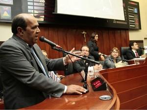 Júlio Pinheiro (PTB) foi eleito após renúncia de João Emanuel. (Foto: Otmar de Oliveira / Câmara de Cuiabá)
