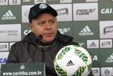 """Pachequinho elogia postura do Coxa, mas diz: """"Detalhe não tem ajudado"""""""