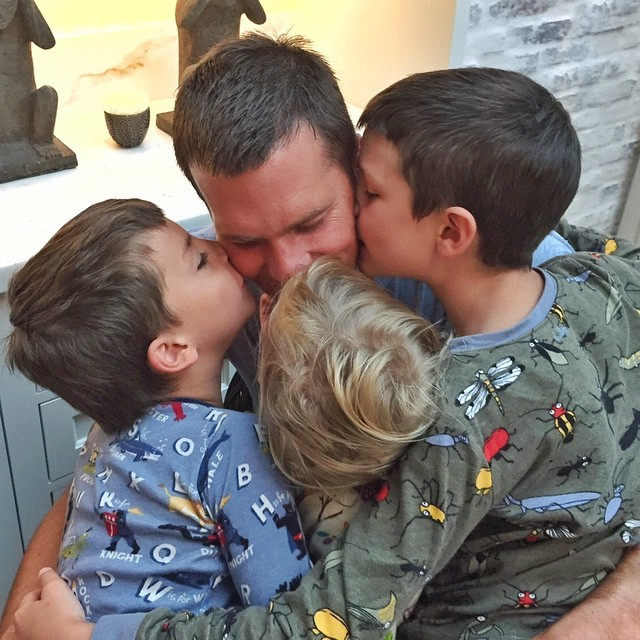 Tom Brady e os filhos, Benjamin e Vivian (Foto: Reprodução / Instagram)