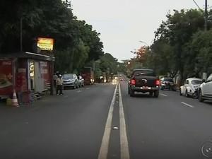 Lanchódromo fica na avenida Brigadeiro Eduardo Gomes, em Marília (Foto: Reprodução/TV TEM)