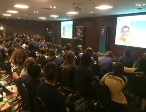 Giovane deu palestra para mais de cem atletas (Foto: Guilherme Costa)