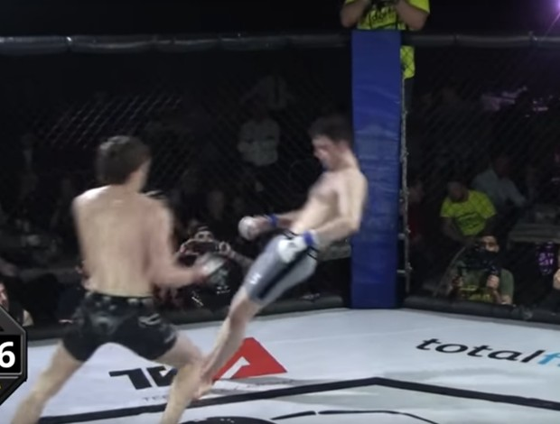 BLOG: Chute rodado leva lutador de MMA a nocaute em câmera lenta na Inglaterra
