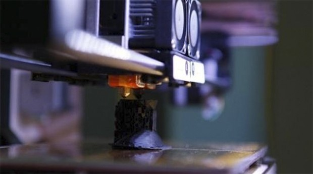 Impressora 3D: tecnologia será usada para ajudar crianças (Foto: Reprodução)