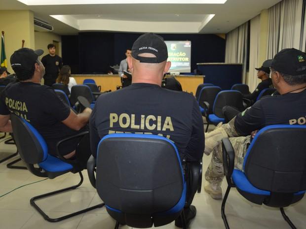 Operação da Polícia Federal contra tráfico de drogas e lavagem de dinheiro (Foto: Divulgação/PF)