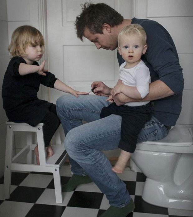Autoridades suecas dizem que licença compartilhada leva a melhores relações em casos de divórcio  (Foto: Johan Bavman)